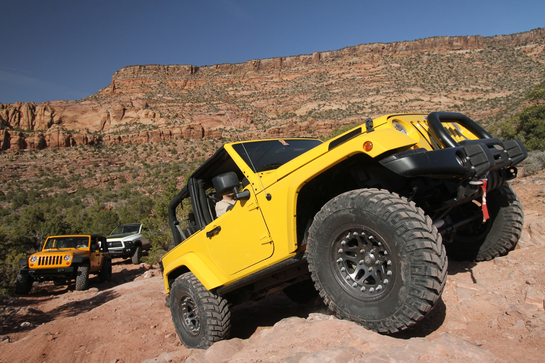 2010 Jeep EV Concept photo - 3